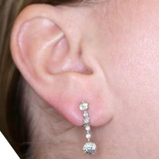2.42 ct Diamond and Platinum Drop Earrings - Antique Circa 1925