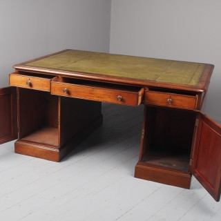 Victorian Mahogany Partners Desk With Green Leather Top