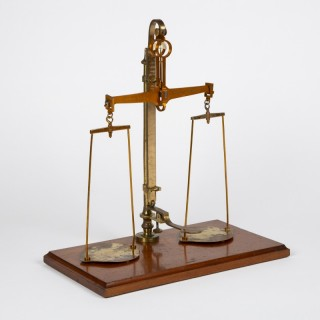 Scales for the County of Kent by W & T Avery, circa 1898.