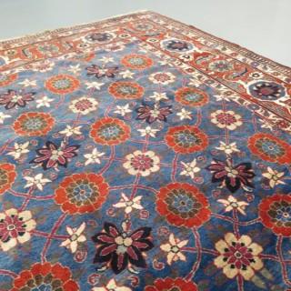 Elegant fine Veramin carpet
