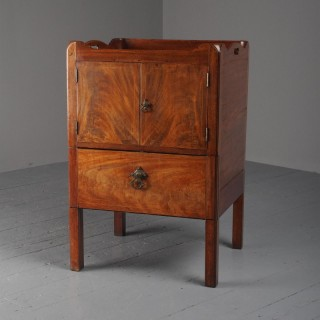 George III Mahogany Tray Top Bedside Commode