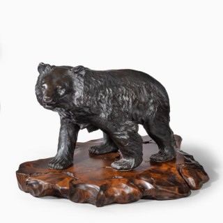 A large Meiji period bronze bear by Genryusai Seiya