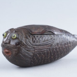 French Napoleonic Prisoner of War Work Coconut 'Bugbear' Snuff Box in the Form of a Pufferfish