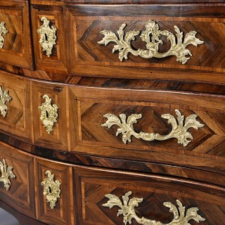 18th century French Régence rosewood serpentine commode with marble top