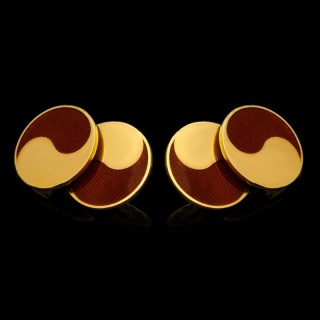 Yin & Yang 18ct Gold & Red Enamel Cufflinks by Cartier, Paris circa 1964
