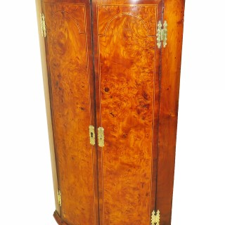 18th Century Georgian Burr Elm & Walnut Corner Cupboard