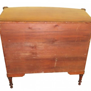 American 19th Century Federal Mahogany Bow Chest Of Drawers