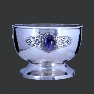 A large Sibyl Dunlop arts and crafts silver bowl