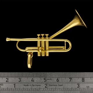 Gold Pendant In The Form Of Dizzy Gillespie's Iconic Jazz 'Bent' Trumpet by Cartier circa 1960's
