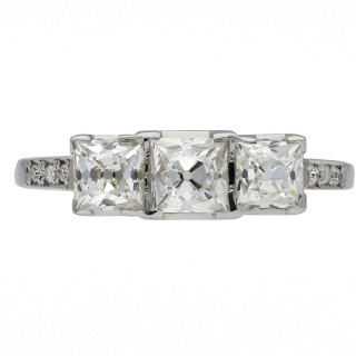 Art Deco diamond three stone ring, circa 1925.