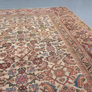 Square shape Feraghan carpet