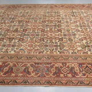 Square shape Feraghan carpet