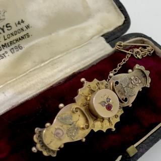 Victorian Gold Bar brooch