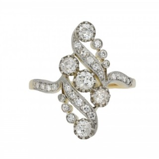 Old mine diamond cluster ring, French, circa 1900.