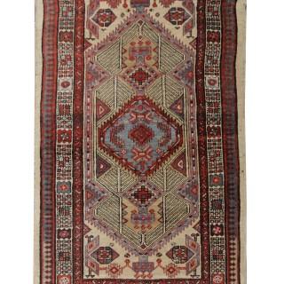 Handmade Persian Carpet, Wool Area Rug- 102x166cm