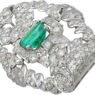 1.98 ct Emerald and 5.22 ct Diamond, Platinum Brooch - Art Deco - Antique Circa 1930