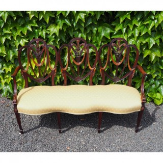 19th CENT. HEPPLEWHITE STYLE CHAIR BACK SETTEE