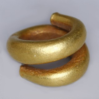 Western Asiatic Gold Hair Ring