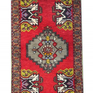 Small Handwoven Turkish Wool Area Rug, Oriental Red Rug- 49x90cm