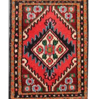 Small Antique Persian Wool Hamadan Rug -37x55cm