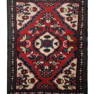 Small Hand Made Oriental Persian Hamadan Rug- 44x58cm