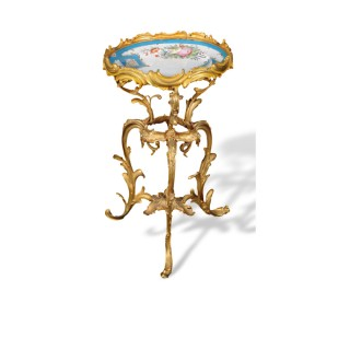 PORCELAIN AND GILT-METAL TRIPOD OCCASIONAL TABLE IN THE ROCOCO MANNER, FRENCH, LATE 19TH CENTURY