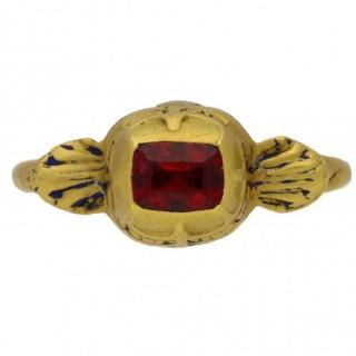 Tudor gold spinel set ring, English, circa 16th century.