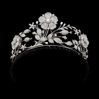 Stunning En Tremblant Diamond Floral Tiara by E Wolfe