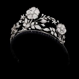 Stunning En Tremblant Diamond Floral Tiara by E Wolfe
