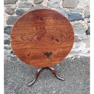 Large 18th Century Virginia Walnut Tripod Table
