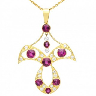 4.52ct Garnet and 0.61ct Diamond, and 12ct Yellow Gold Pendant - Antique Circa 1890
