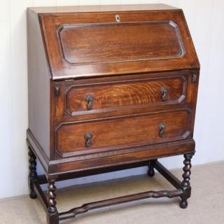 1920s Oak Bureau