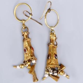 Greek Hellenistic Gold and Garnet Pendant Earrings