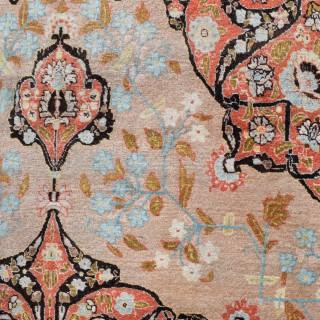Fine antique Tabriz carpet 369x279cm