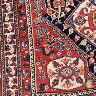 Antique Qasgai rug 172x115cm