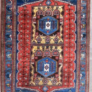 Antique Persian Savaeh rug 194x127cm
