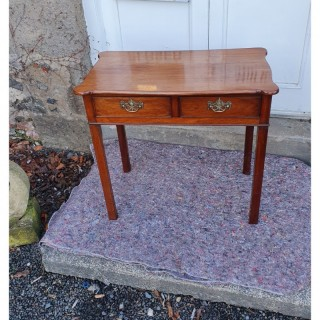 18th Century Mahogany 2 Drawer Side Table