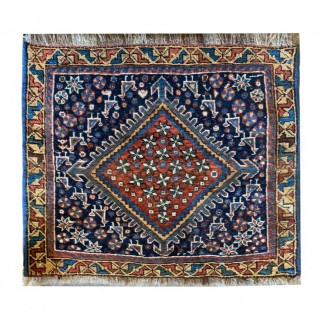 Handmade Oriental Persian Qashqai Rug- 60x40cm