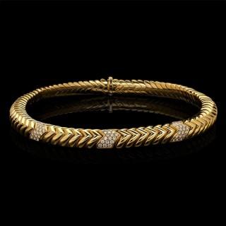 Stylish 18ct Gold and Diamond Spiga Necklace by Bulgari circa 1970s