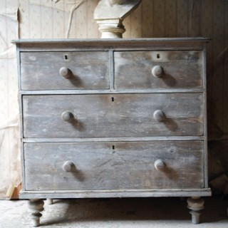 A Late 19thC Bleached Pine Chest of Drawers c.1900
