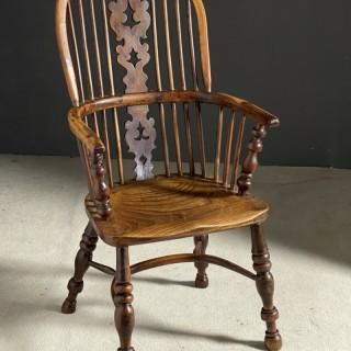 A very nice yew high back Windsor chair c1800