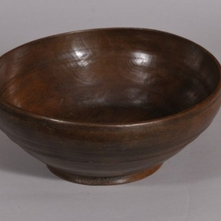 Antique Treen Fruitwood Serving Bowl of the Georgian Period