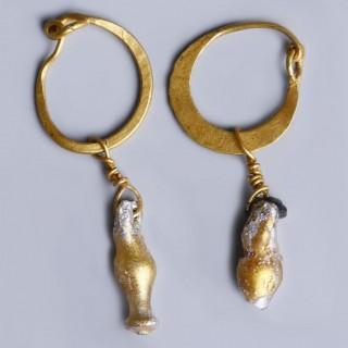 Roman Gold Earrings with Glass Juglets
