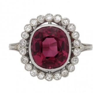 Edwardian Ceylon pink spinel and diamond coronet cluster ring, circa 1910.