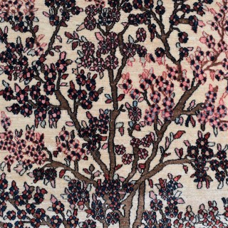 Antique Isfahan rug with tree of line design 223x123cm