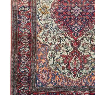 Handmade Persian Isfahan Wool Rug 1900s-138x220cm