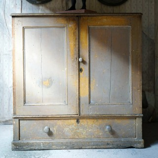 An Early 19thC Estate Made Painted Pine Cupboard c.1810