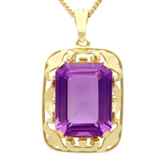 15.41 ct Amethyst and 14 ct Yellow Gold Pendant - Vintage Circa 1950