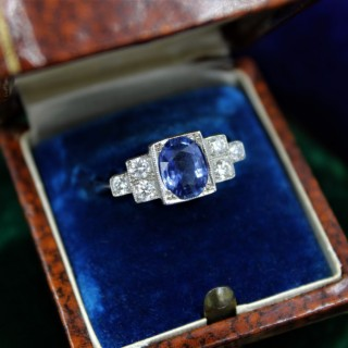 A very fine Art Deco Style Sapphire and Diamond Ring mounted in Platinum, Mid - Late 20th Century