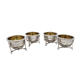 Set of 4 Antique Sterling Silver Salts 1911